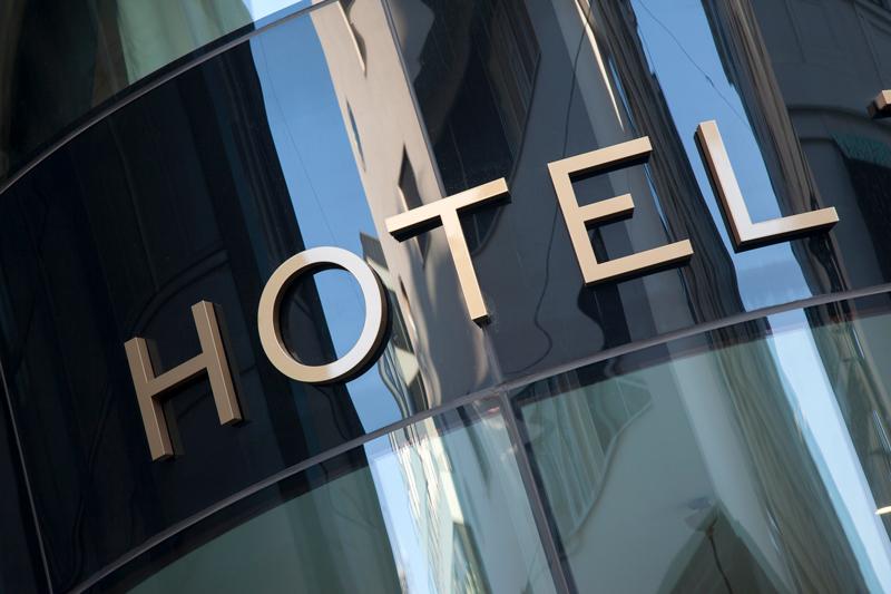 rotulos_el_cristo_letras_corporeas_acero_inoxidable_para_hoteles