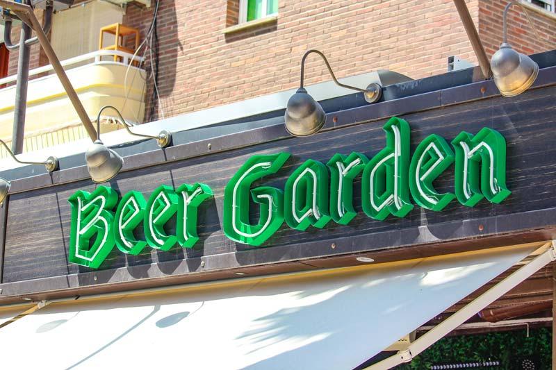 Rotulos_Villajoyosa_letrero_neon_beer_garden_2
