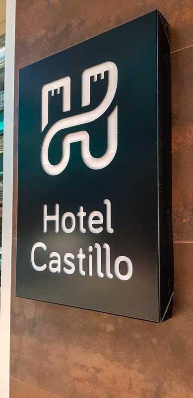 rotulos_benidorm_villajoyosa_altea_placa_luminosa_hotel_castillo